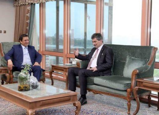 ايران وتركيا تؤكدان على تطوير العلاقات المصرفية بينهما