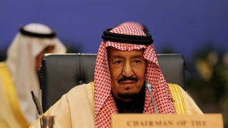 الملك سلمان يبعث برسالتين إلى السيسي والعاهل الأردني