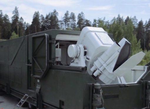 الرئيس الروسي في جولة تفقدية يكشف أهم أسلحة القرن الـ21