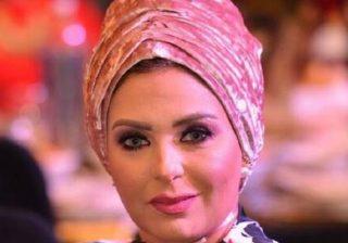 الفنانة المصرية صابرين تفاجئ جمهورها بخلع الحجاب وتوضح قرارها (صور)
